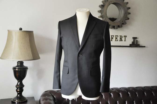 DSC0609-1 お客様のスーツの紹介-ブラックスーツ- 名古屋の完全予約制オーダースーツ専門店DEFFERT