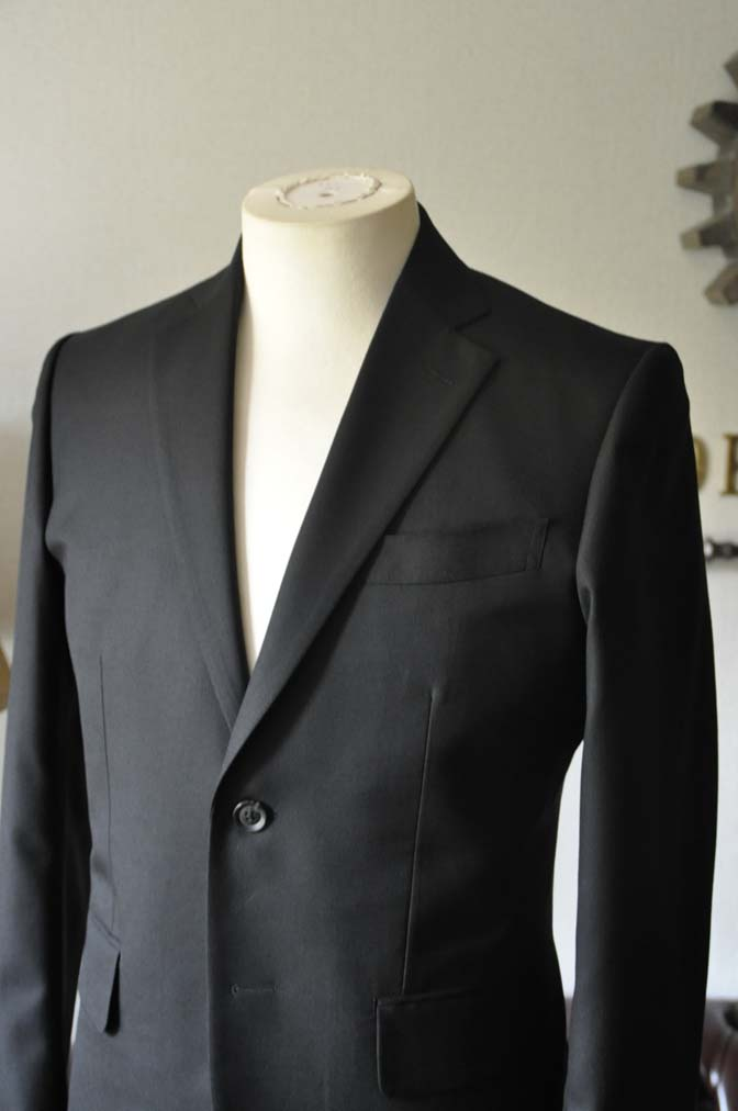 DSC0612-1 お客様のスーツの紹介-ブラックスーツ- 名古屋の完全予約制オーダースーツ専門店DEFFERT