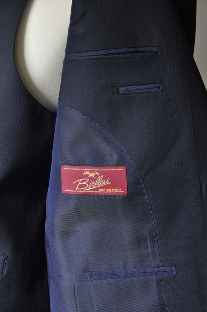 DSC0614-1 お客様のスーツの紹介- Biellesi ネイビーヘリンボーン スリーピース-