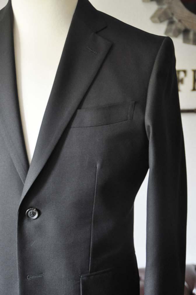 DSC0614-4 お客様のスーツの紹介-ブラックスーツ- 名古屋の完全予約制オーダースーツ専門店DEFFERT