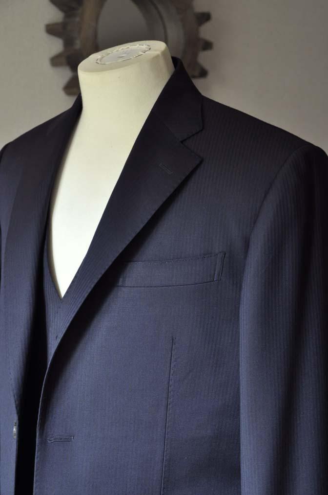 DSC0616-1 お客様のスーツの紹介- Biellesi ネイビーヘリンボーン スリーピース-
