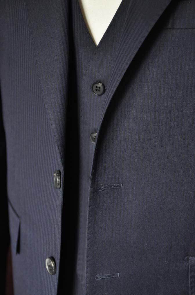 DSC0619-1 お客様のスーツの紹介- Biellesi ネイビーヘリンボーン スリーピース-