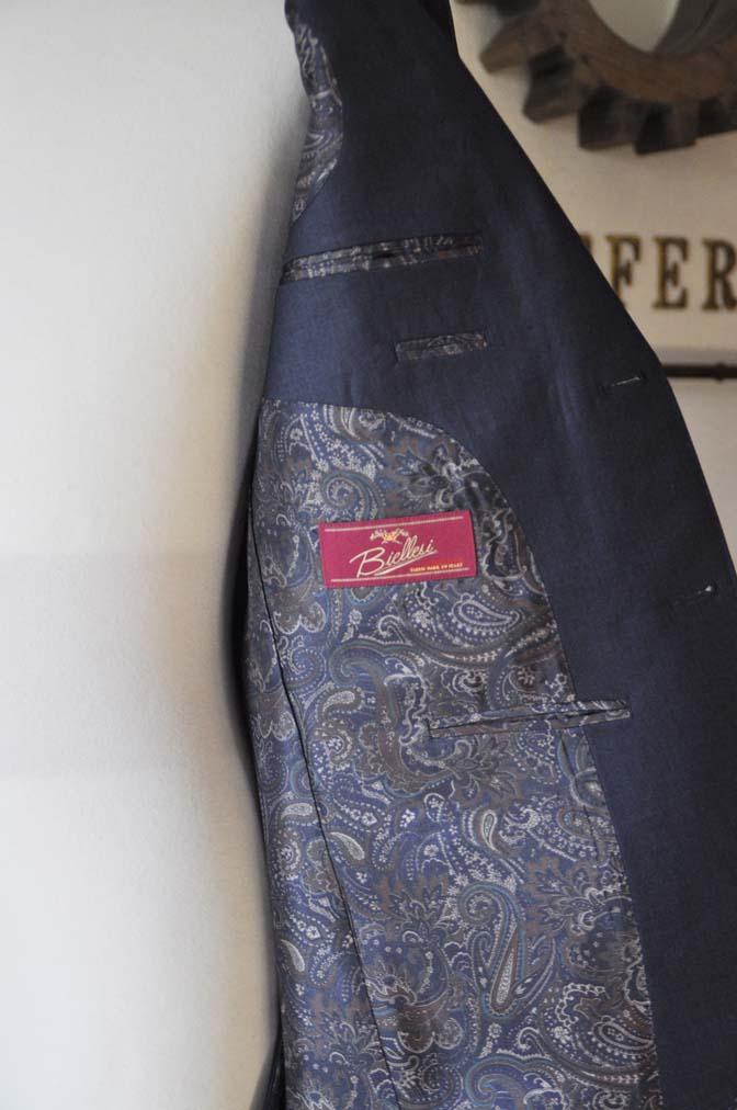 DSC0622-2 お客様のスーツの紹介-Biellesi 無地ネイビー-