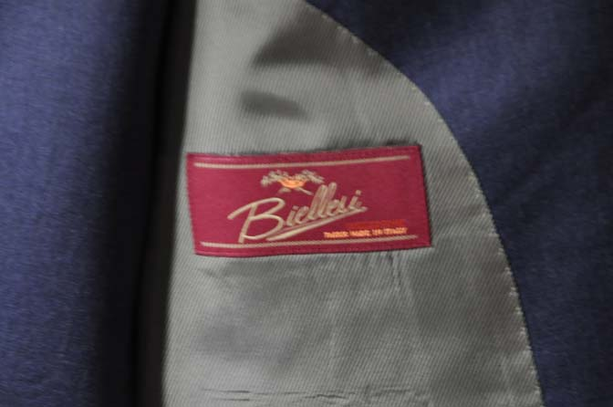 DSC0628-1 お客様のスーツの紹介- Biellesi ネイビースリーピース-