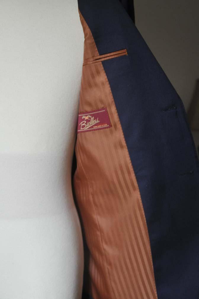 DSC0628-2 お客様のスーツの紹介- Biellesi 無地ネイビースーツ-