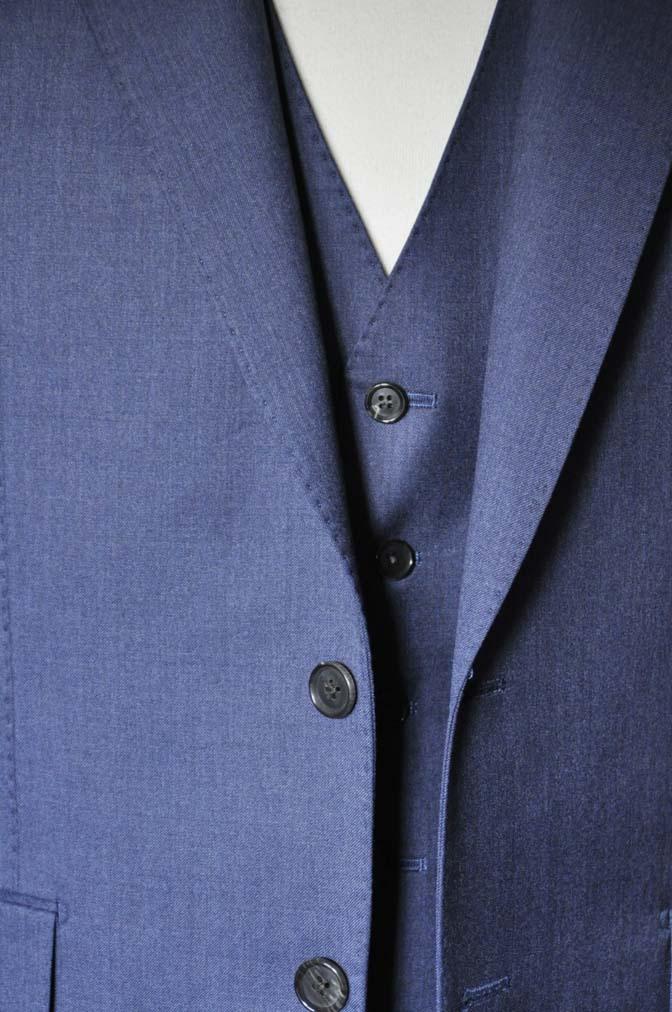 DSC0632-1 お客様のスーツの紹介- Biellesi ネイビースリーピース- 名古屋の完全予約制オーダースーツ専門店DEFFERT