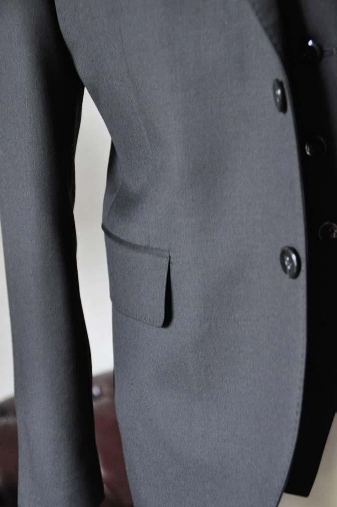 DSC0637-7 お客様のスーツの紹介-CANONICO 無地ブラック スリーピース-