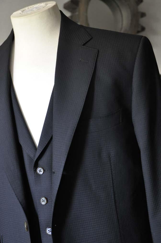 DSC0639-1 お客様のスーツの紹介- CANONICOブラックチェック スリーピース- 名古屋の完全予約制オーダースーツ専門店DEFFERT