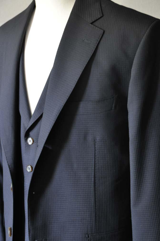 DSC0640-1 お客様のスーツの紹介- CANONICOブラックチェック スリーピース- 名古屋の完全予約制オーダースーツ専門店DEFFERT
