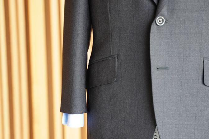DSC06435 オーダースーツの紹介-CANONICOブラウンウィンドペン スーツ-