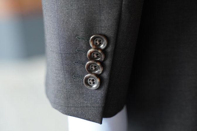 DSC06436 オーダースーツの紹介-CANONICOブラウンウィンドペン スーツ-