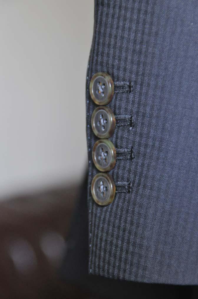 DSC0644-1 お客様のスーツの紹介- CANONICOブラックチェック スリーピース- 名古屋の完全予約制オーダースーツ専門店DEFFERT