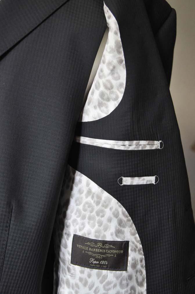 DSC0648-1 お客様のスーツの紹介- CANONICOブラックチェック スリーピース- 名古屋の完全予約制オーダースーツ専門店DEFFERT