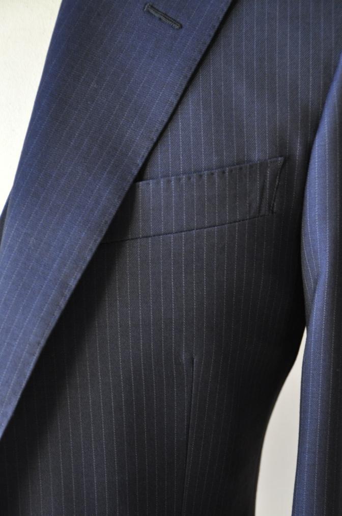 DSC06522 お客様のスーツの紹介-ネイビーストライプ スリーピース-