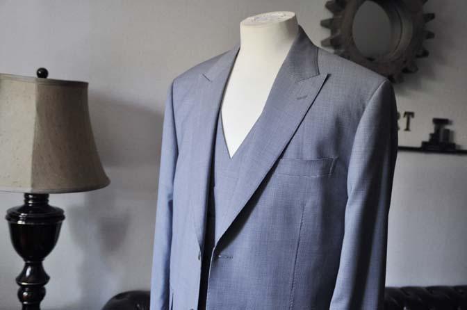DSC0654-1 お客様のスーツの紹介- Biellesi ネイビ千鳥格子スリーピース-