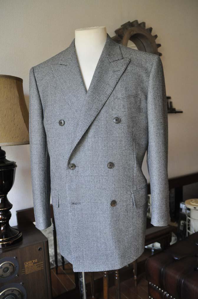 DSC0655-2 お客様のスーツの紹介-御幸毛織Napolena グレンチェック ダブルスーツ-
