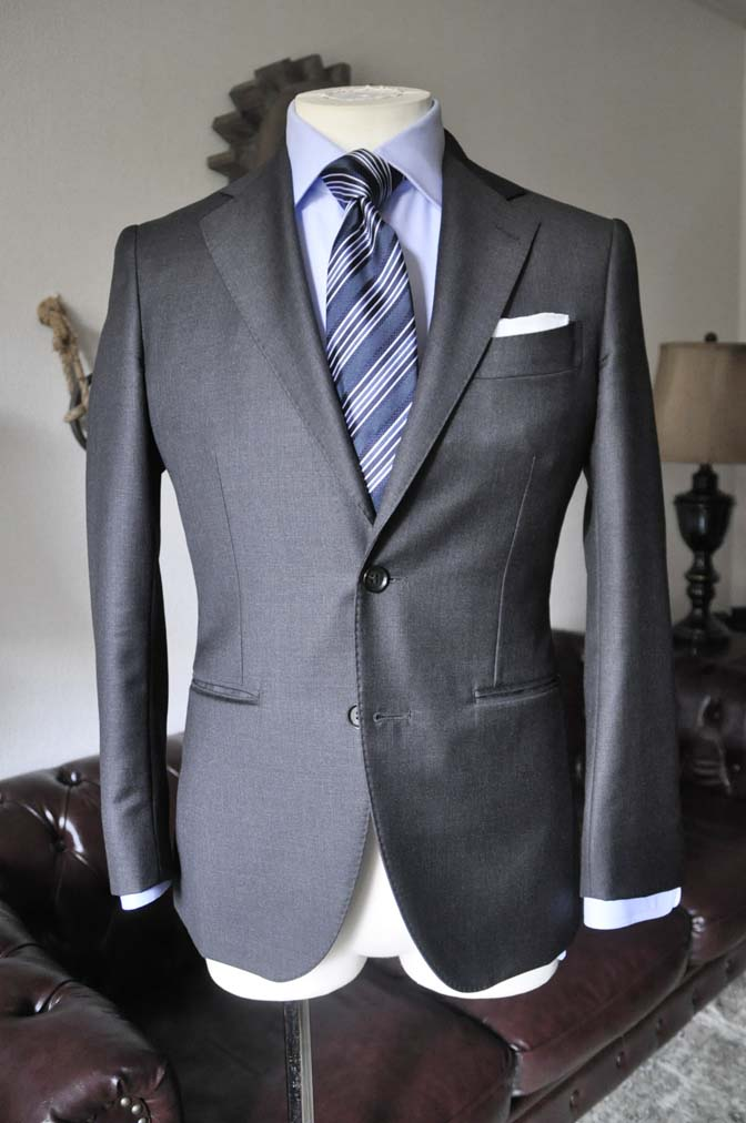 DSC0658-2 お客様のスーツの紹介 名古屋の完全予約制オーダースーツ専門店DEFFERT