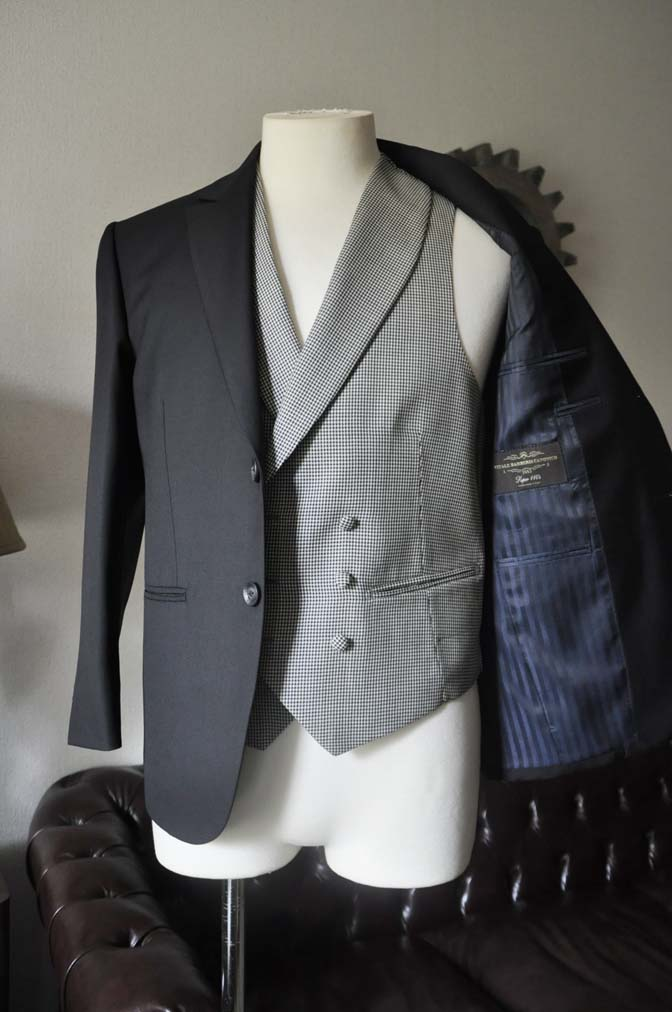 DSC0660-3 お客様のウエディング衣装の紹介-CANONICO ブラックスーツ 千鳥格子襟付きダブルベスト-