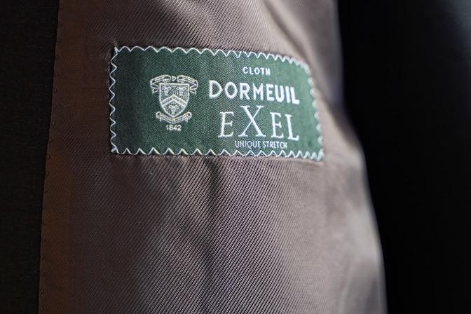 DSC06654 オーダースーツの紹介-DORMEUIL EXEL  チャコールグレースリーピーススーツ-