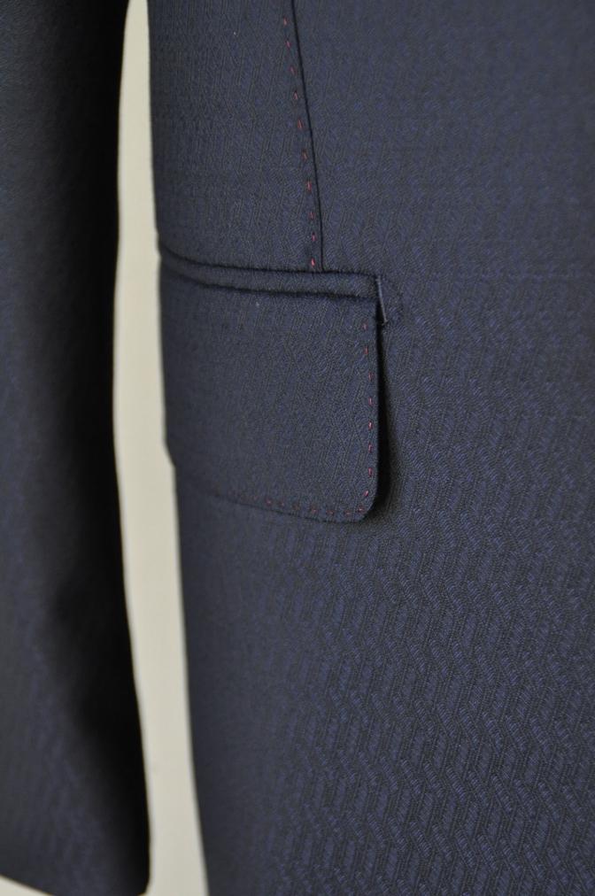 DSC06681 お客様のスーツの紹介-DORMEUIL AMADEUS ネイビースーツ-