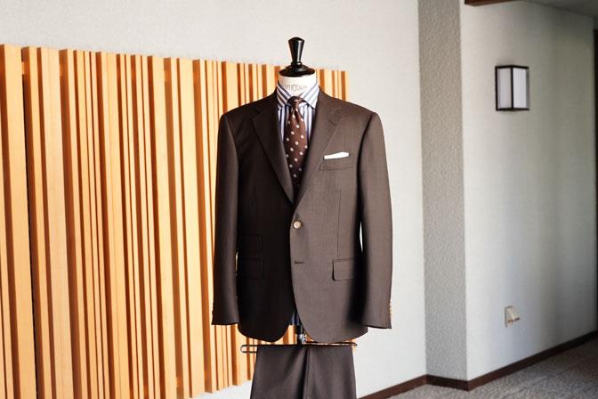 DSC06725 オーダースーツの紹介-MARLANEブラウン千鳥格子スーツ-