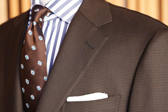 DSC06730 オーダースーツの紹介-MARLANEブラウン千鳥格子スーツ-