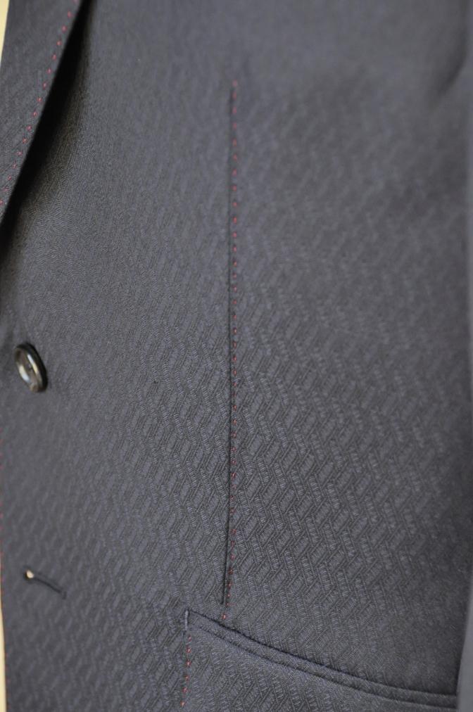 DSC06731 お客様のスーツの紹介-DORMEUIL AMADEUS ネイビースーツ-