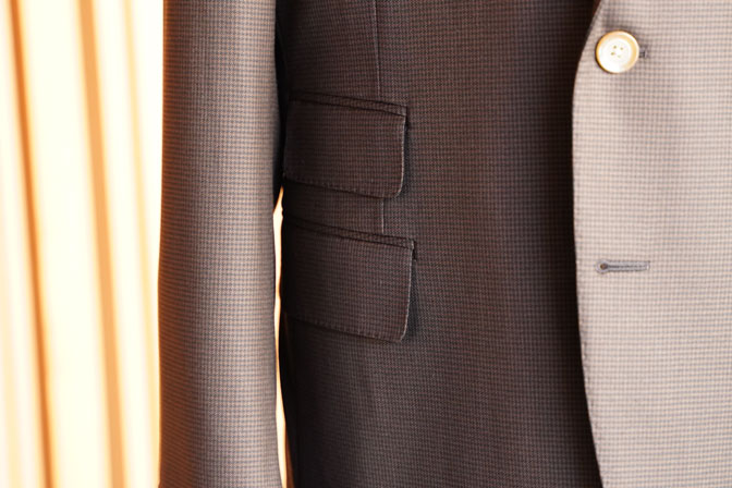 DSC06733 オーダースーツの紹介-MARLANEブラウン千鳥格子スーツ-
