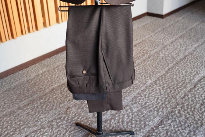 DSC06734 オーダースーツの紹介-MARLANEブラウン千鳥格子スーツ-