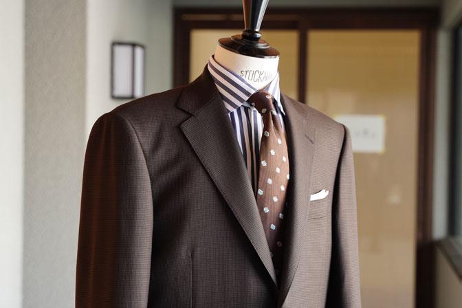 DSC06737 オーダースーツの紹介-MARLANEブラウン千鳥格子スーツ-