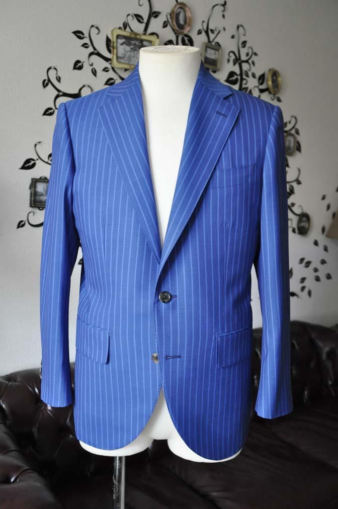 DSC0674-4 お客様のスーツの紹介-DORMEUIL ネイビーストライプ-