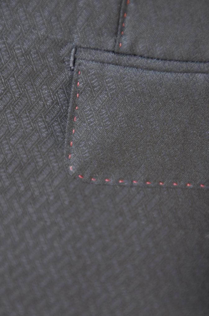 DSC06741 お客様のスーツの紹介-DORMEUIL AMADEUS ネイビースーツ-