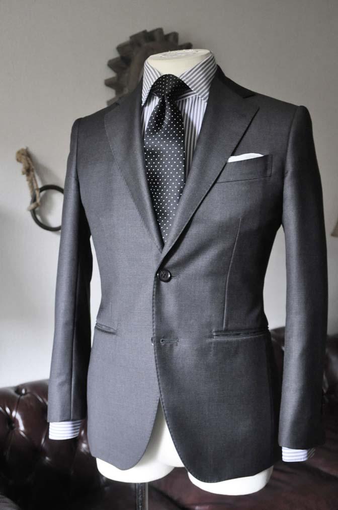DSC0678-2 お客様のスーツの紹介 名古屋の完全予約制オーダースーツ専門店DEFFERT
