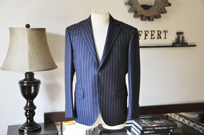 DSC0679-2 お客様のスーツの紹介-CANONICOネイビーストライプ フランネルスーツ-