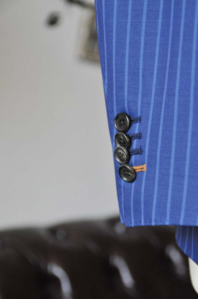 DSC0680-4 お客様のスーツの紹介-DORMEUIL ネイビーストライプ-