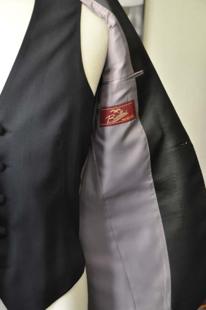 DSC06862 お客様のウエディング衣装の紹介-Biellesi ダークネイビーショールカラータキシード-