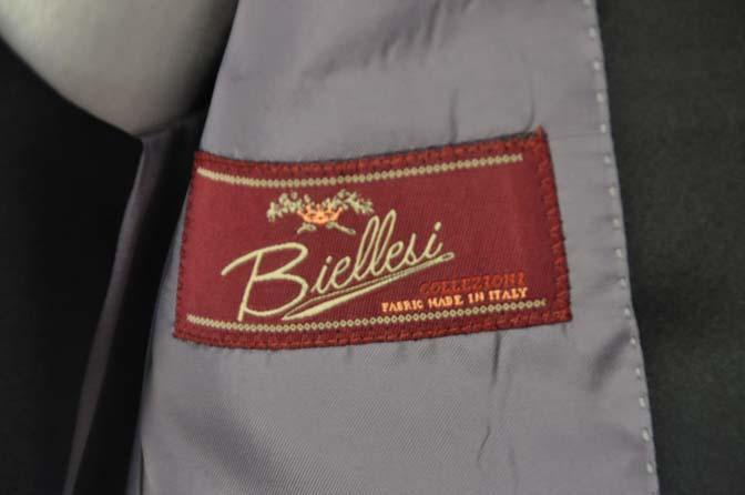 DSC06912 お客様のウエディング衣装の紹介-Biellesi ダークネイビーショールカラータキシード-
