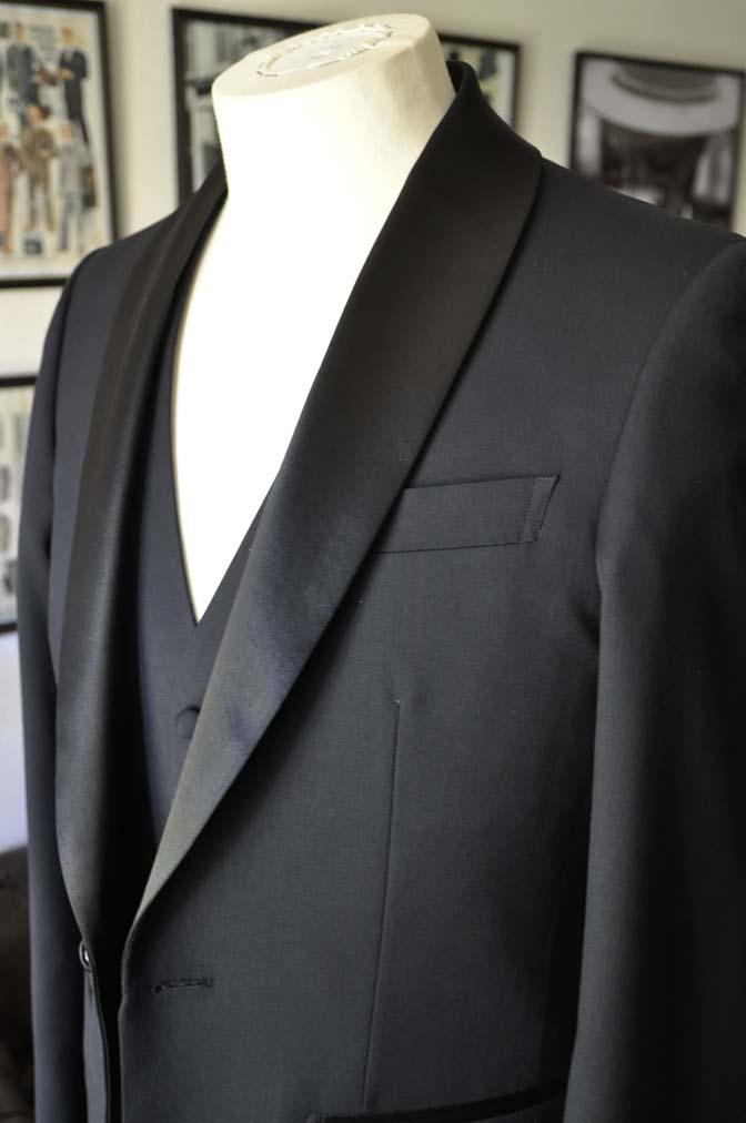 DSC06921 お客様のウエディング衣装の紹介-Biellesi ダークネイビーショールカラータキシード-