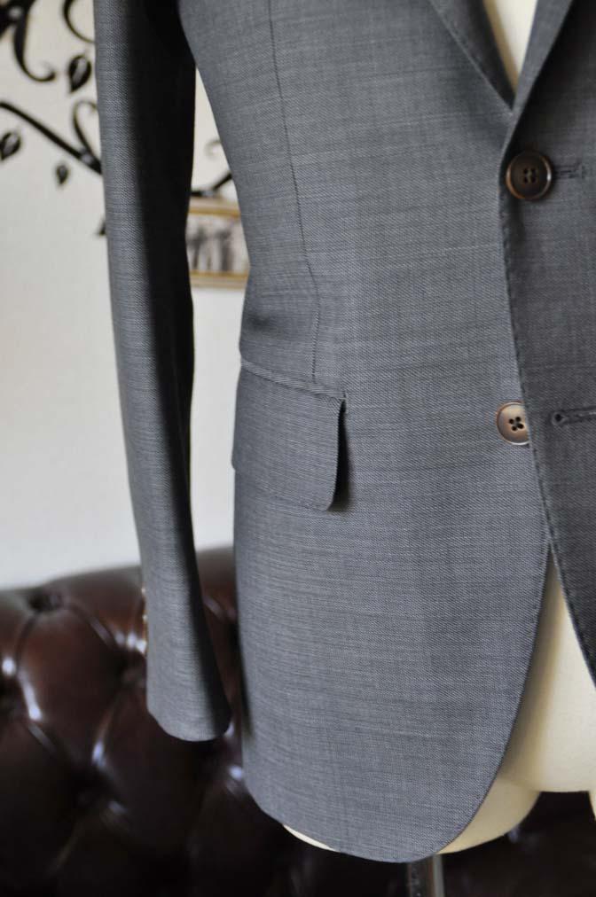 DSC0694-4 お客様のスーツの紹介-Biellesiグレースーツ-
