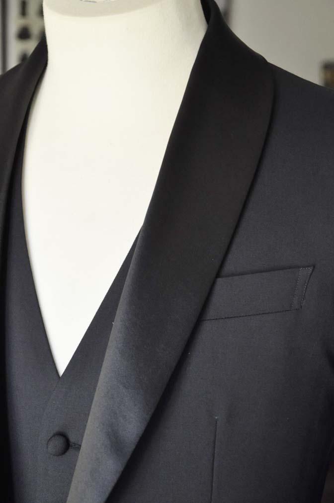 DSC06943 お客様のウエディング衣装の紹介-Biellesi ダークネイビーショールカラータキシード-