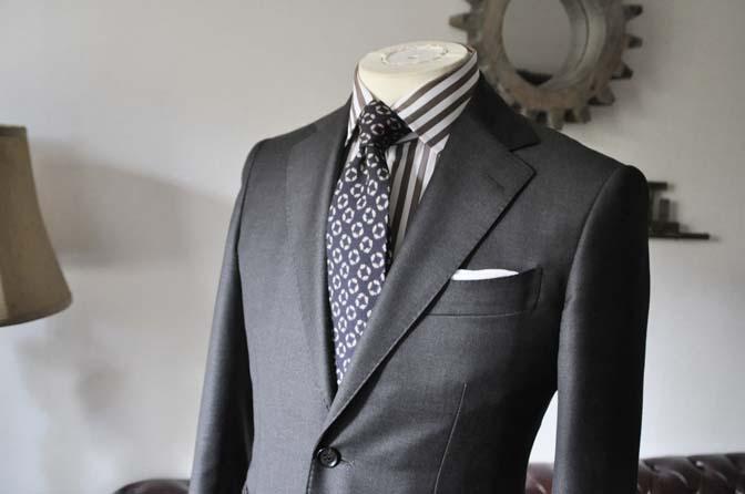 DSC0695-2 お客様のスーツの紹介 名古屋の完全予約制オーダースーツ専門店DEFFERT