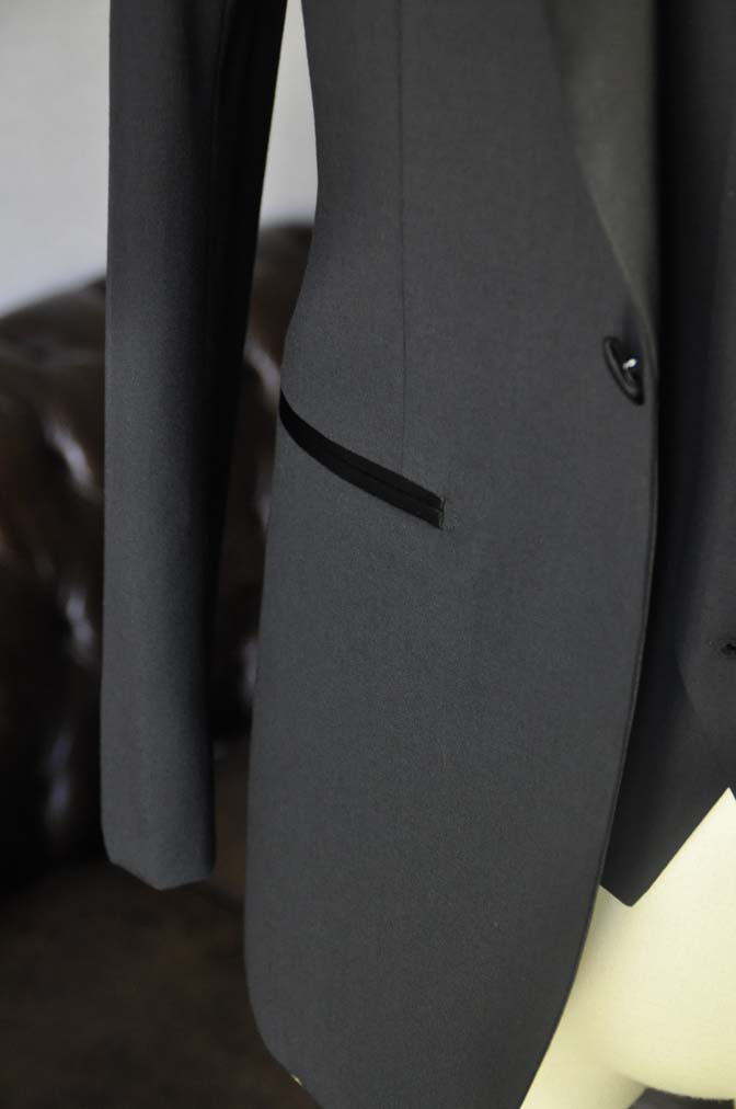 DSC06981 お客様のウエディング衣装の紹介-Biellesi ダークネイビーショールカラータキシード-