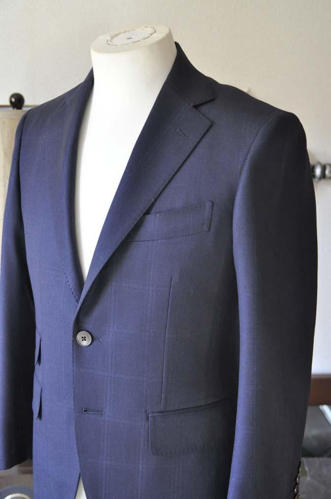DSC0700-3 お客様のスーツの紹介-REDA ネイビーチェックスーツ-
