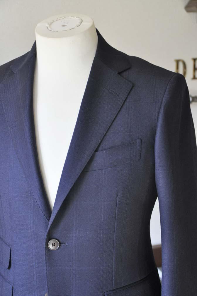 DSC0701-3 お客様のスーツの紹介-REDA ネイビーチェックスーツ-