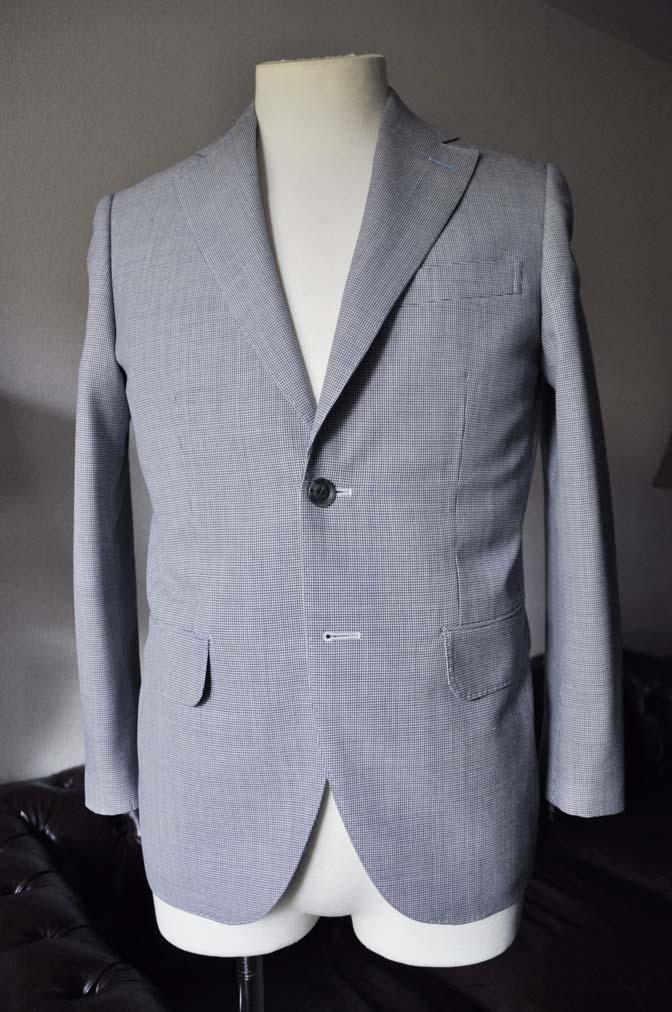 DSC0705-2 お客様のスーツの紹介- DARROWDALE千鳥格子スーツ-