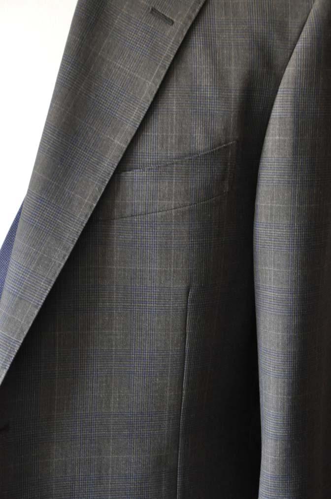 DSC0705-5 お客様のウエディング衣装の紹介- Biellesiブラウンチェックジャケット ネイビーベスト- 名古屋の完全予約制オーダースーツ専門店DEFFERT