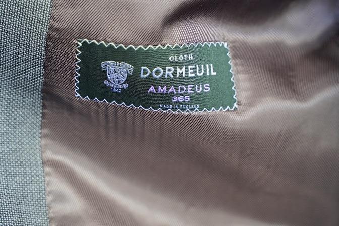 DSC07151 オーダースーツの紹介-DORMEUIL AMADEUS365  グレーバーズアイスーツ-
