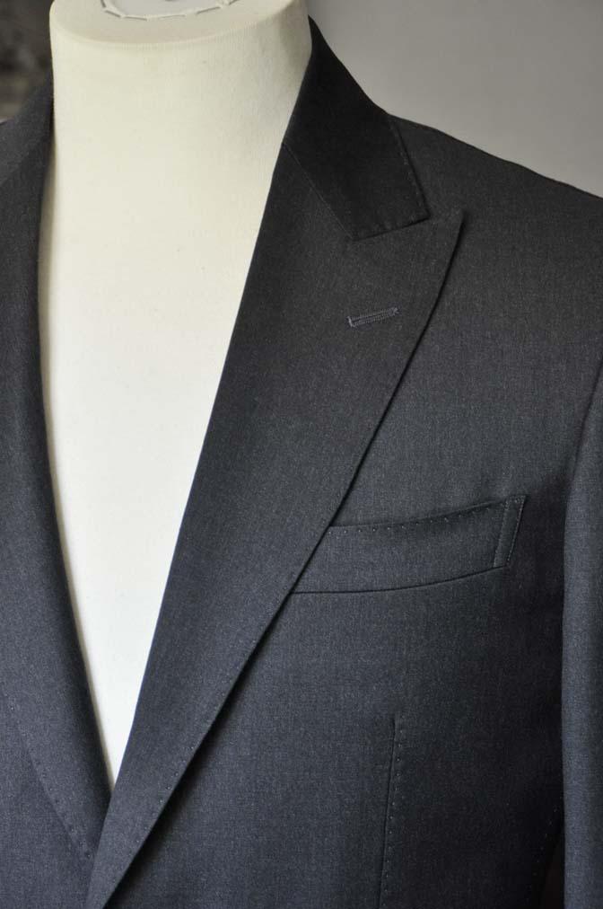 DSC0720-1 お客様のスーツの紹介- Biellesi 無地チャコールグレー-