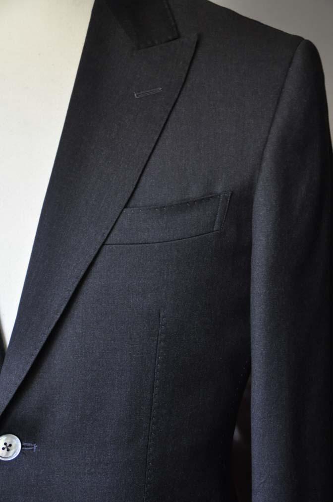 DSC0721 お客様のスーツの紹介- Biellesi 無地チャコールグレー-