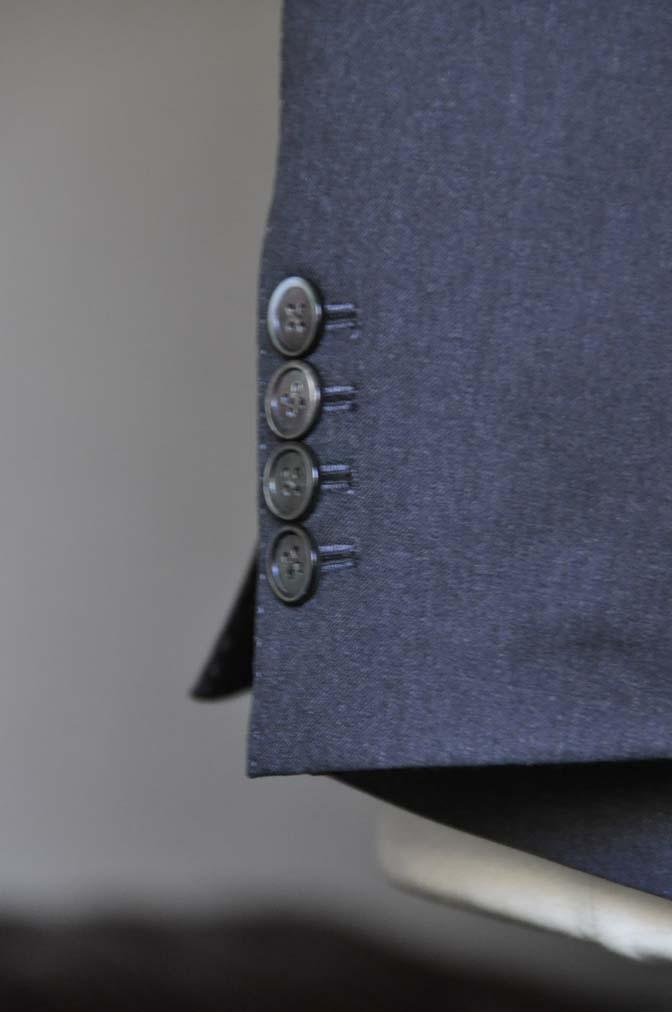 DSC0724-1 お客様のスーツの紹介- Biellesi 無地チャコールグレー-
